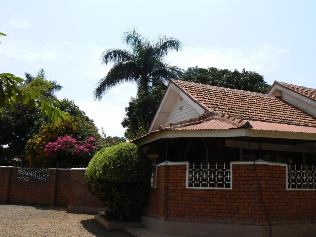 Entrada del Rand Hotel, Busia